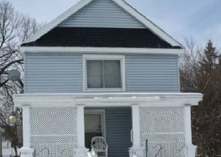 Pre Foreclosure in Muskegon 49442 SPRING ST - Property ID: 1679289251