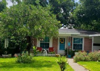 Pre Foreclosure in San Antonio 78213 BERYL DR - Property ID: 1679530134