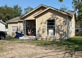 Pre Foreclosure in Dallas 75217 WES HODGES RD - Property ID: 1679564751