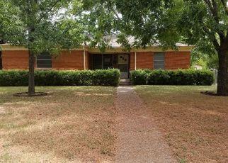 Pre Foreclosure in Dallas 75217 KODIAK DR - Property ID: 1679571308