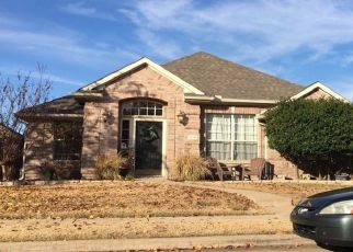 Pre Foreclosure in Lewisville 75077 CROSSHAVEN DR - Property ID: 1679607218