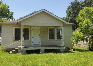 Pre Foreclosure in Tomball 77375 STANOLIND RD - Property ID: 1679655854