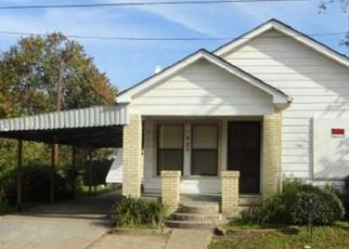 Pre Foreclosure in Baytown 77520 YUPON ST - Property ID: 1679657596