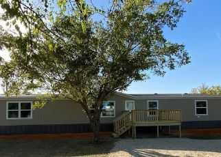 Pre Foreclosure in Godley 76044 COUNTY ROAD 912 - Property ID: 1679680816
