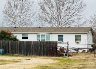 Pre Foreclosure in Alvarado 76009 KELLY LN - Property ID: 1679684308