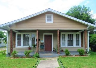Pre Foreclosure in Fort Worth 76110 WOODLAND AVE - Property ID: 1679702711