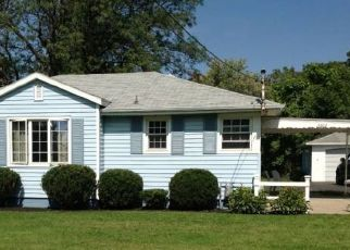 Pre Foreclosure in Geneseo 14454 RESERVOIR RD - Property ID: 1680073230