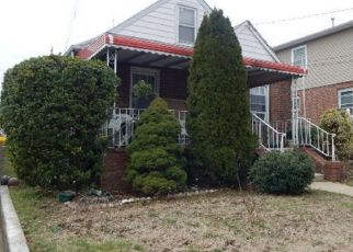 Pre Foreclosure in Elmont 11003 CATHERINE CT - Property ID: 1680179665