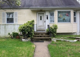 Pre Foreclosure in Valley Stream 11580 DEAN ST - Property ID: 1680254105