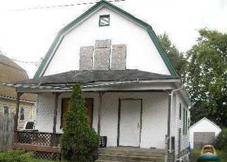Pre Foreclosure in Freeport 11520 STEVENS ST - Property ID: 1680358797