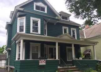 Pre Foreclosure in Syracuse 13210 AVONDALE PL - Property ID: 1680441119