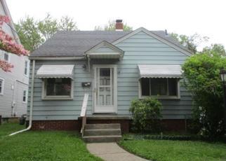 Pre Foreclosure in Toledo 43612 EASTWAY ST - Property ID: 1681332858