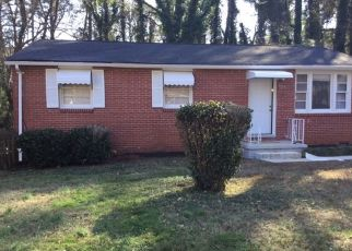 Pre Foreclosure in Atlanta 30331 SANDY CREEK DR NW - Property ID: 1681803674