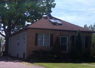 Pre Foreclosure in Rosedale 21237 SHADY SPRING AVE - Property ID: 1682020464