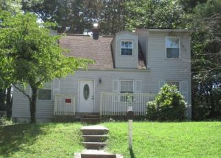 Pre Foreclosure in Suitland 20746 PINE GROVE DR - Property ID: 1682760191