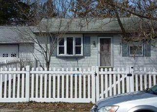 Pre Foreclosure in Browns Mills 08015 COVILLE DR - Property ID: 1683332632