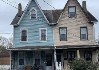 Pre Foreclosure in Camden 08105 N 36TH ST - Property ID: 1683404909