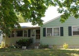 Pre Foreclosure in Magnolia 08049 W EVESHAM AVE - Property ID: 1683496887