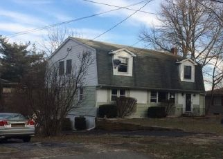 Pre Foreclosure in Bloomsbury 08804 MAIN ST - Property ID: 1683855578