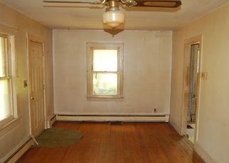 Pre Foreclosure in High Bridge 08829 W MAIN ST - Property ID: 1683862134
