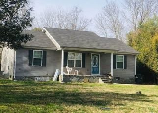 Pre Foreclosure in Tullahoma 37388 1ST AVE - Property ID: 1684839260