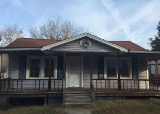 Pre Foreclosure in Morristown 37814 TRUMAN ST - Property ID: 1684947438