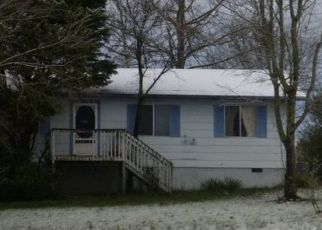 Pre Foreclosure in Corryton 37721 MAJORS RD - Property ID: 1684983358
