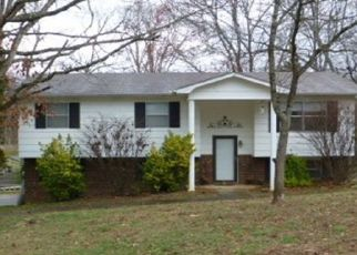 Pre Foreclosure in Knoxville 37923 ROUNDTREE RD - Property ID: 1685015325