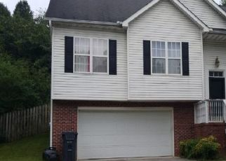 Pre Foreclosure in Knoxville 37909 CREEKHEAD DR - Property ID: 1685018392
