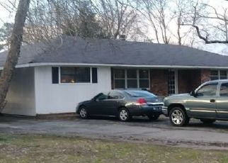 Pre Foreclosure in Jackson 38301 MEADOWBROOK DR - Property ID: 1685059567