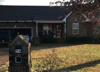 Pre Foreclosure in Portland 37148 GENTRY DR - Property ID: 1685192261