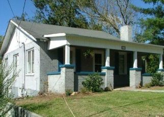 Pre Foreclosure in Bristol 37620 BEECHWOOD DR - Property ID: 1685211994