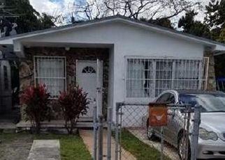 Pre Foreclosure in Hialeah 33010 E 17TH ST - Property ID: 1685517243