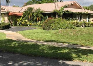 Pre Foreclosure in Miami 33179 NE 19TH CT - Property ID: 1685543978