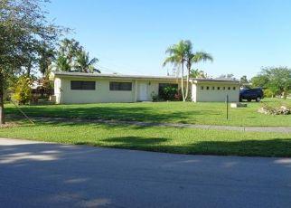 Pre Foreclosure in Miami 33157 SW 178TH ST - Property ID: 1685623233