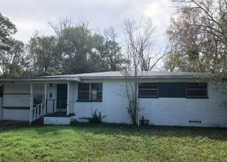 Pre Foreclosure in Jacksonville 32210 SOLANDRA DR - Property ID: 1685682359