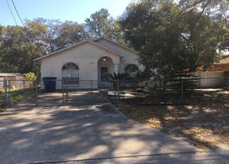 Pre Foreclosure in Tampa 33604 N HAMNER AVE - Property ID: 1685827330