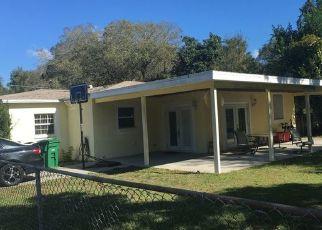 Pre Foreclosure in Tampa 33610 E JEAN ST - Property ID: 1685846606