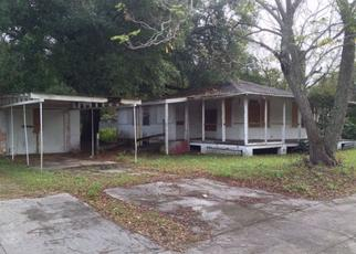 Pre Foreclosure in Orlando 32805 S WESTMORELAND DR - Property ID: 1686047193