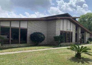 Pre Foreclosure in Beaumont 77705 BLOSSOM DR - Property ID: 1686992343