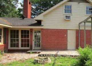 Pre Foreclosure in Longview 75601 SMALLWOOD DR - Property ID: 1687022118