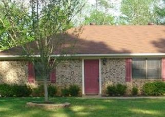 Pre Foreclosure in Tyler 75707 ROLLING PINES DR - Property ID: 1687402732