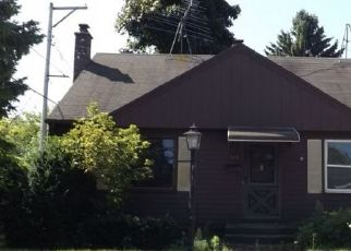 Pre Foreclosure in Sheboygan 53081 HUMBOLDT AVE - Property ID: 1687409741