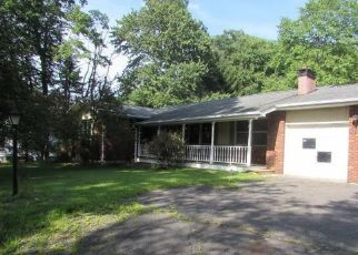 Pre Foreclosure in Mountain Top 18707 PINE LN - Property ID: 1687640997
