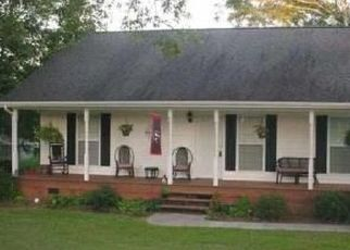 Pre Foreclosure in Chickamauga 30707 WILDER ST - Property ID: 1687725963