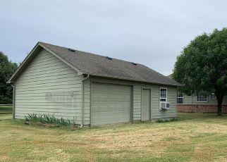 Pre Foreclosure in Owasso 74055 E 90TH CT N - Property ID: 1687980862