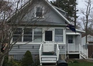 Pre Foreclosure in New Bedford 02745 IVERS ST - Property ID: 1688172239
