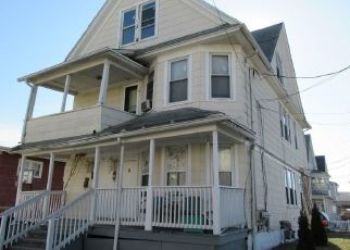 Pre Foreclosure in Bridgeport 06607 BEATRICE ST - Property ID: 1688457819