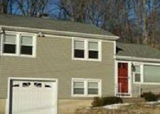Pre Foreclosure in Monroe 06468 BIRCHWOOD RD - Property ID: 1688538842