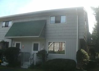 Pre Foreclosure in Stratford 06614 PATTERSON AVE - Property ID: 1688573429